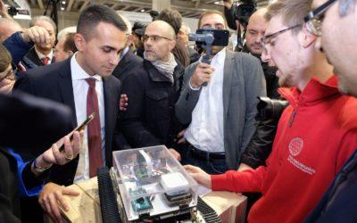 IL ROBOT APOLLO 18 PROTAGONISTA AL JOB ORIENTA!